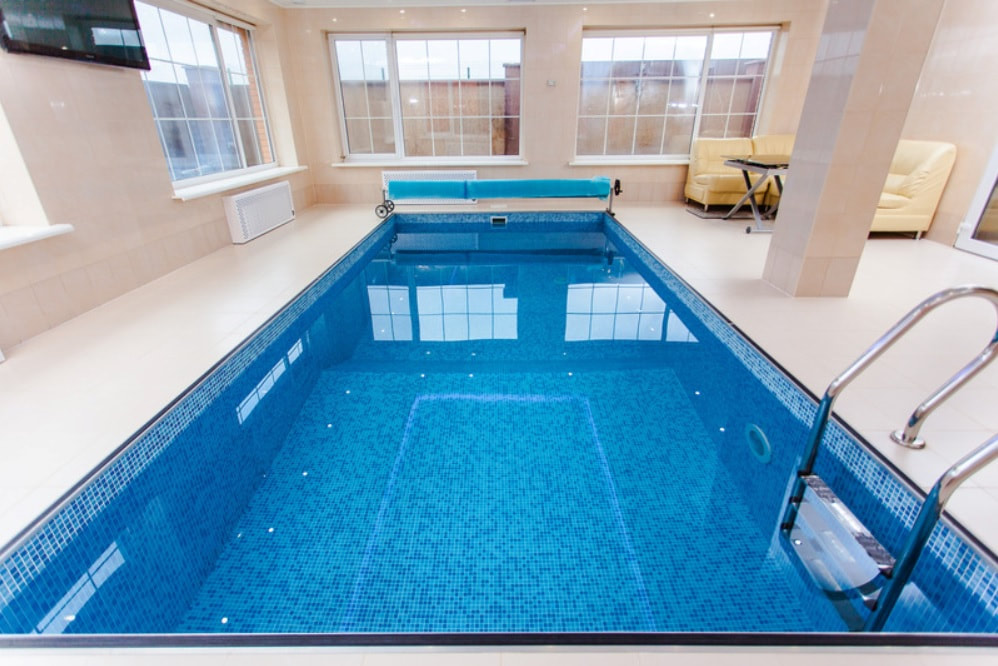 Indoor pool newly serviced